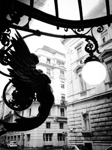 Budapest Street scene. sketchbookexplorer.com @davidasutton @sketchbookexplorer Facebook.com/davidanthonysutton #b&w #photography #budapest #hungary #travel #travelblog #street #architecture #hungarytourism